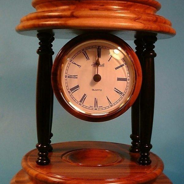 clock-624x1024